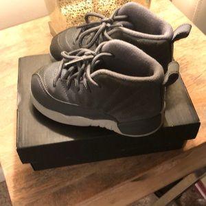 Jordan 12 Grey size 7C